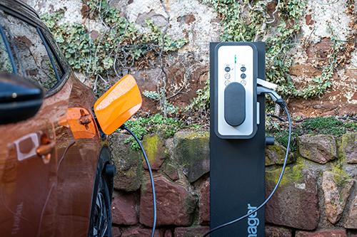 Recharger sa voiture électrique au meilleur prix